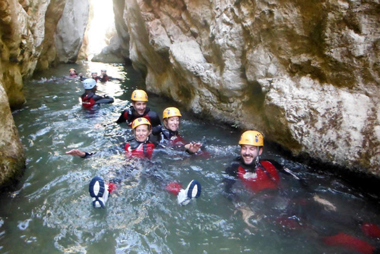 aventura en Sierra de Cazorla, descenso de barrancos por el rio Guadalentin