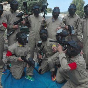 actividad de paintball con el grupo decathlon en Sierras de Cazorla