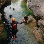 Semana Santa divertida con actividades de aventura. Descenso de barrancos en el rio Guadalquivir