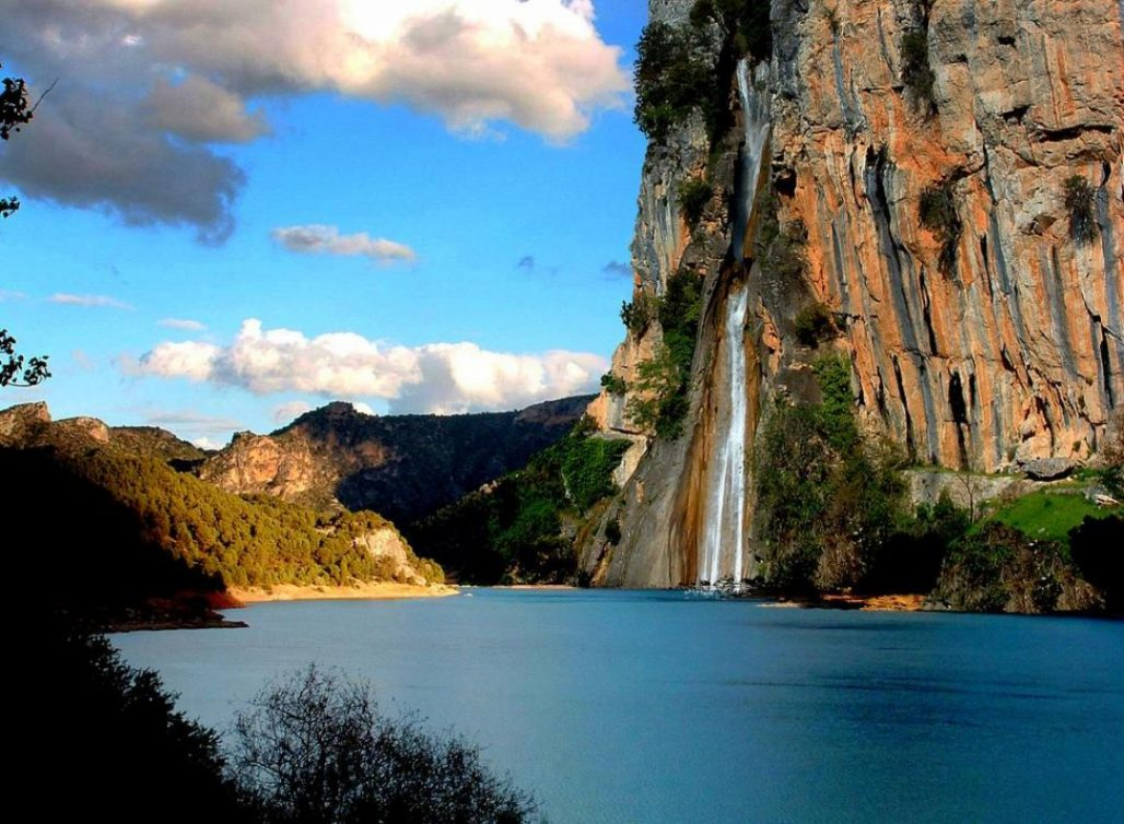 cascadas en sierras de cazorla, Jaén, Paraíso Interior