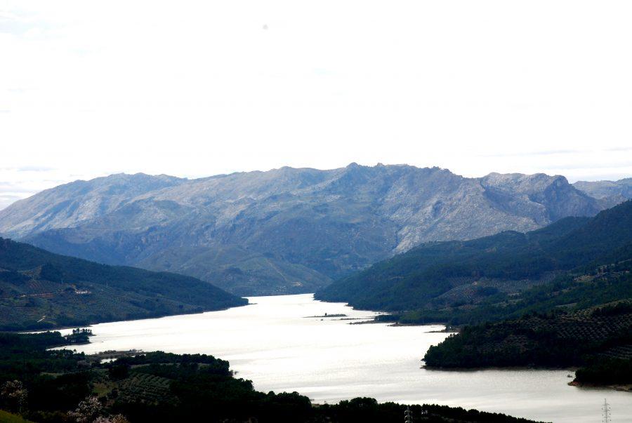 Sierras de Cazorla, Segura y las Villas, El Tranco, actividades de aventura