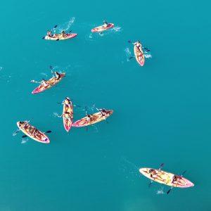 alquiler de kayak en el embalse de la bolera, sierra de cazorla