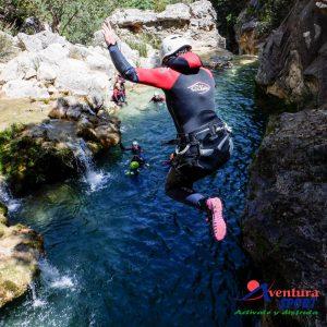 descenso de barrancos en el rio guadalquivir, cerrada del utrero, sierras de cazorla