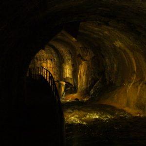 boveda subterranes por el rio cerezuelo en cazorla