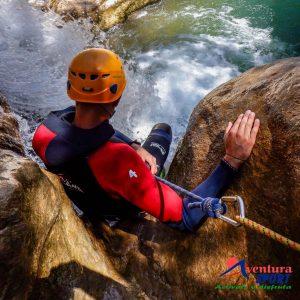 aventura en sierras de cazorla, descenso de barrancos en cazorla