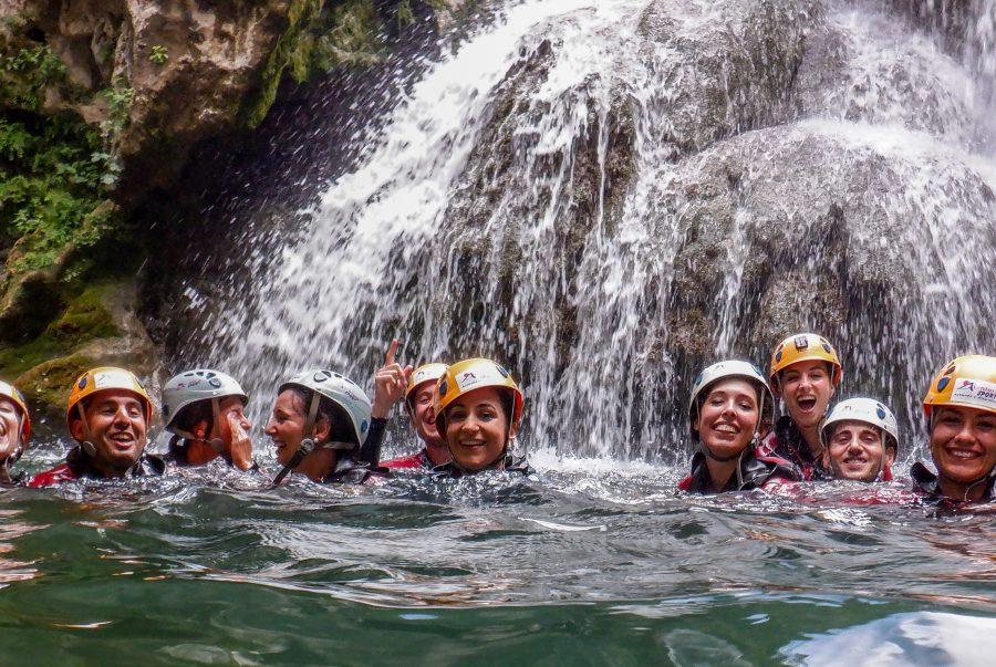 descenso de barrancos Cerrada de Utero Cazorla, actividades en albergue inturjoven cazorla