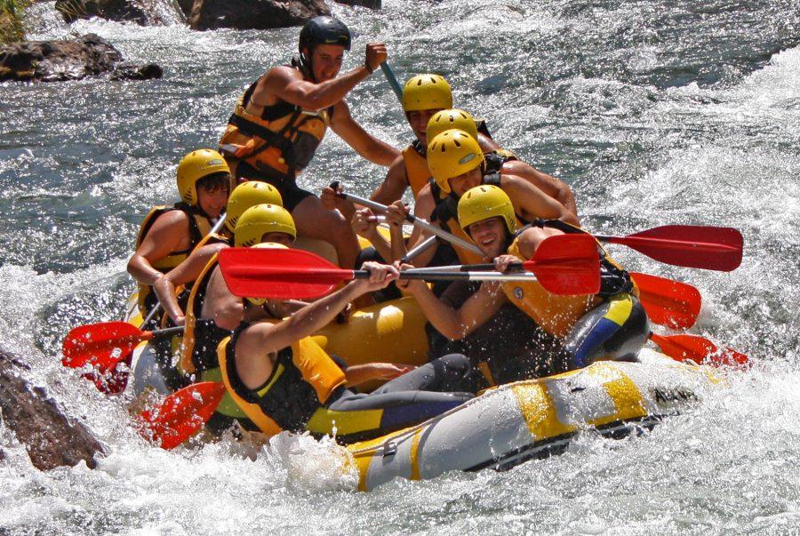 rafting en albergue inturjoven cazorla, actividades en sierras cazorla