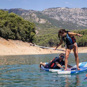 turismo activo en pozo alcon, paddle surf en el embalse de la bolera