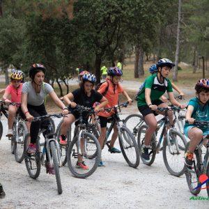 rutas en bicicleta por sierras de cazorla en campamentos con ninos