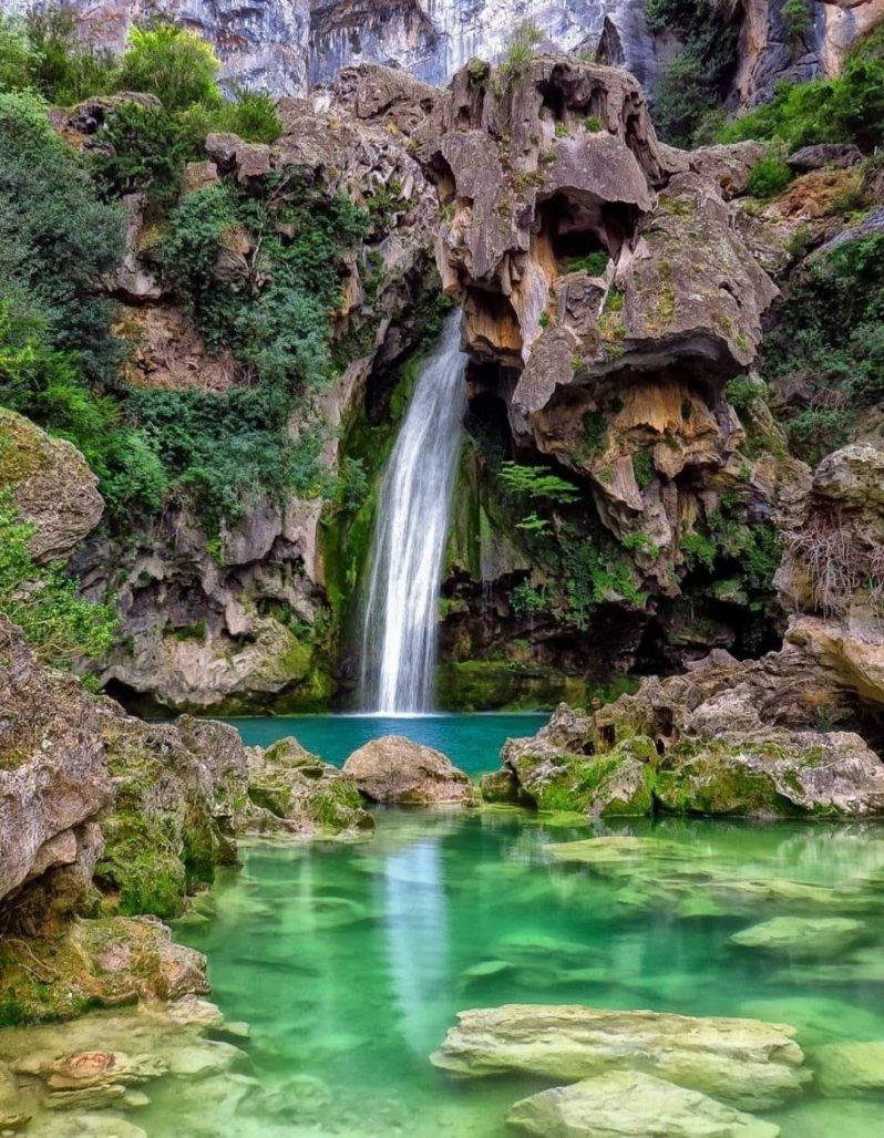 cascada en rio borosa, cascada de la carabela, parque natural sierras de cazorla