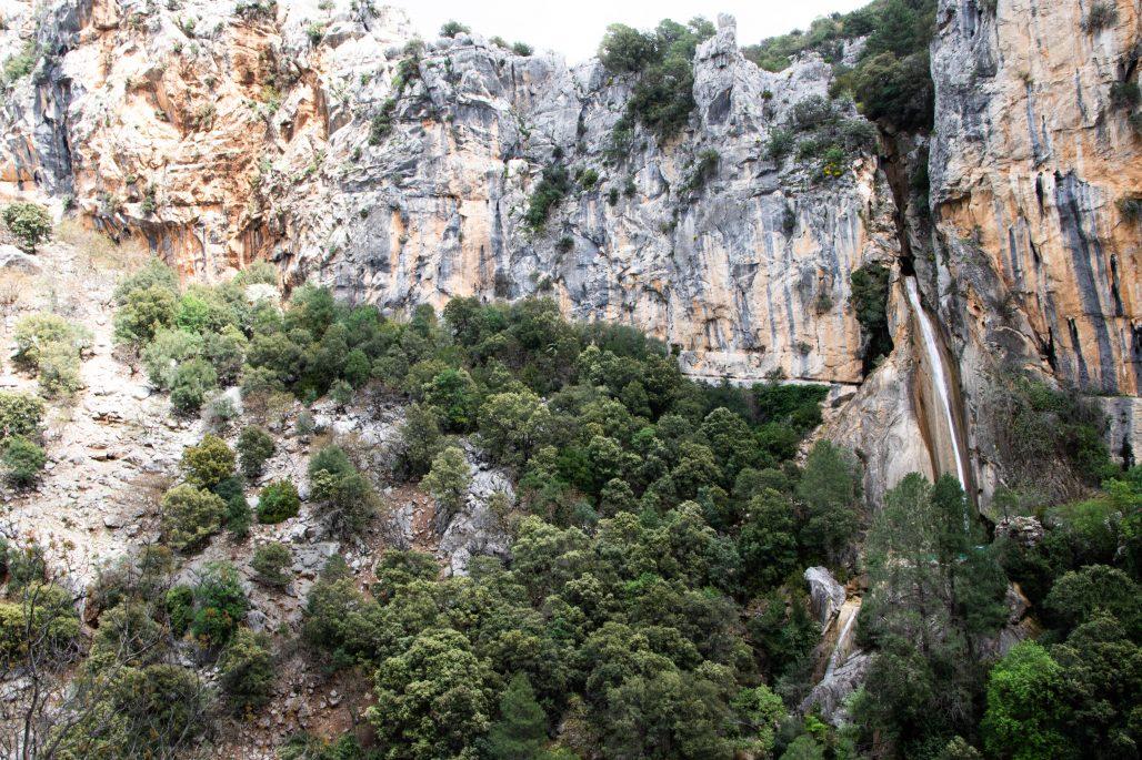 cascada de linarejos, cola de caballo en río Guadalquivir, mejores cascadas en sierras de cazorla