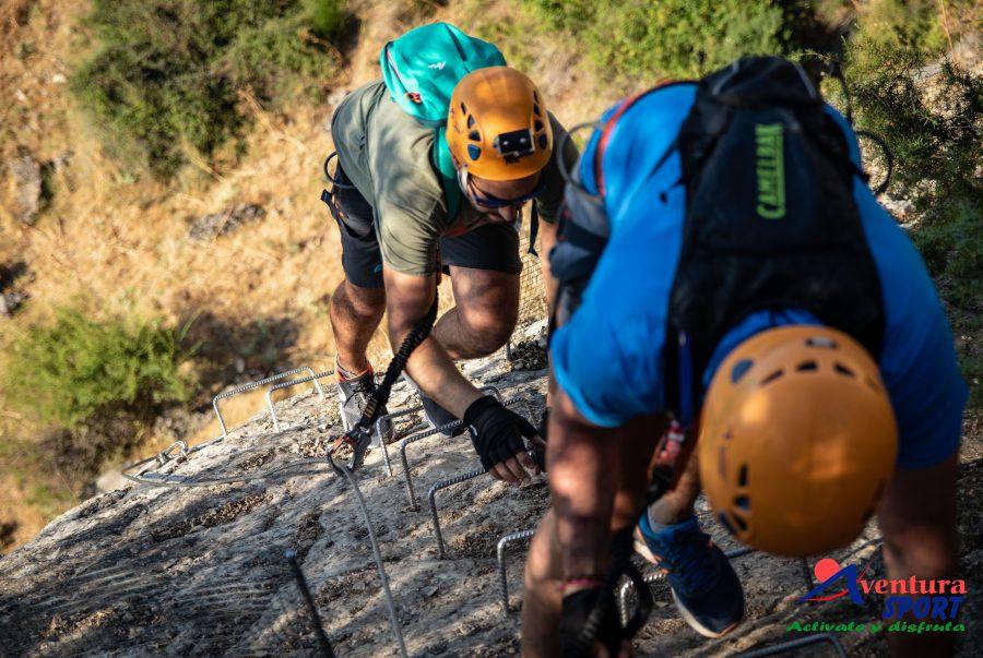 vías ferratas en cazorla, actividades de aventura en la naturaleza